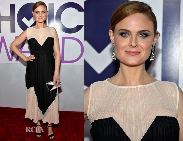Emily Deschanel In Max Azria - 2014 People's Choice Awards