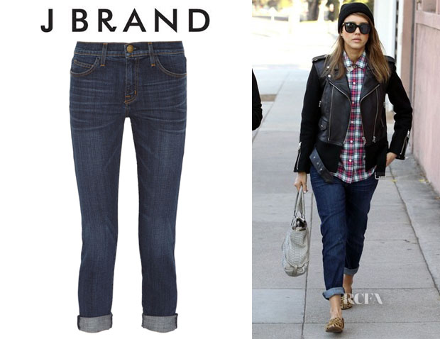 Jessica Alba's CurrentElliott 'The Fling' Cropped Boyfriend Jeans