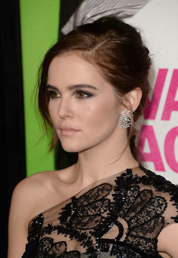 Zoey Deutch in Monique Lhuillier
