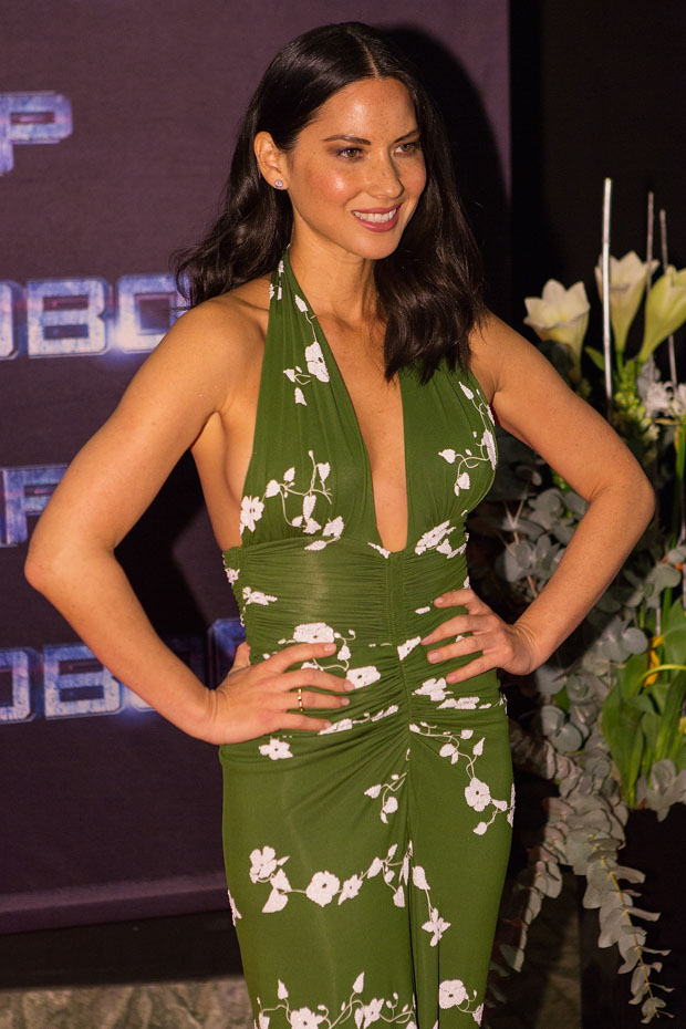 Olivia Munn in Michael Kors