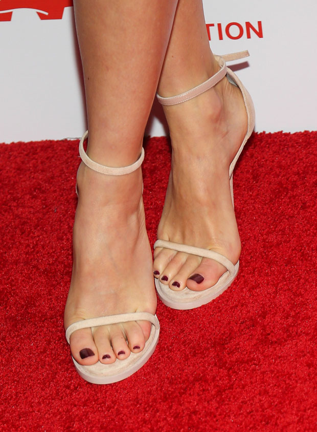Naomi Watts' shoes