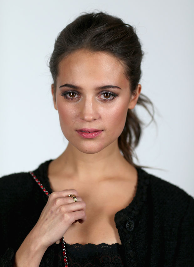 Alicia Vikander in Chanel