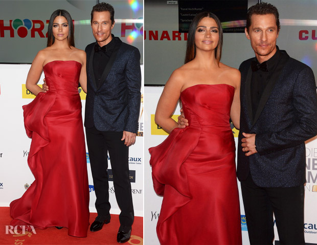 Camila Alves In Rubin Singer and Matthew McConaughey - Goldene Kamera 2014