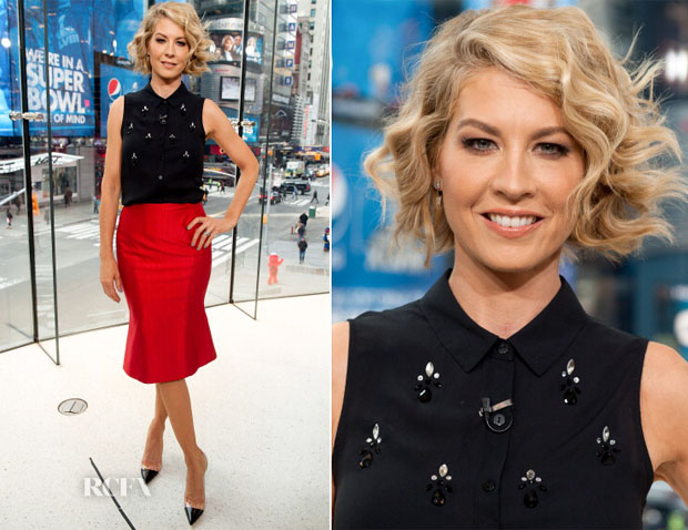 Jenna Elfman In Wes Gordon - Extra