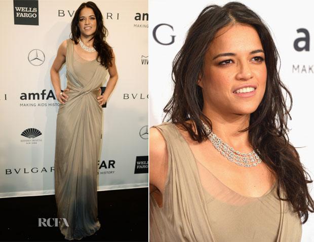 Michelle Rodriguez In Alberta Ferretti - 2014 amfAR New York Gala