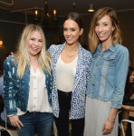 Jessica Alba in Cartonnier and J Brand
