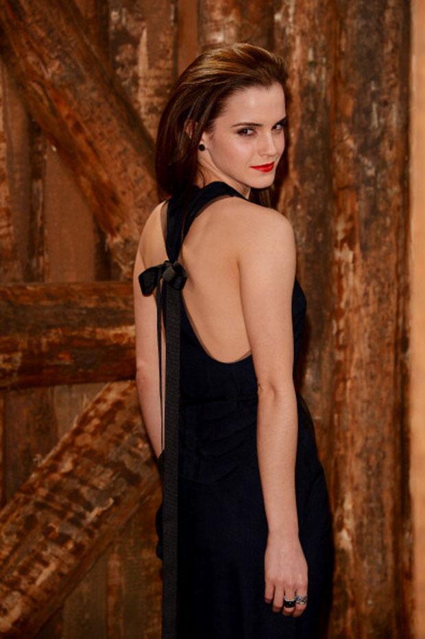 Emma Watson Noah Berlin Premiere Red Carpet Fashion