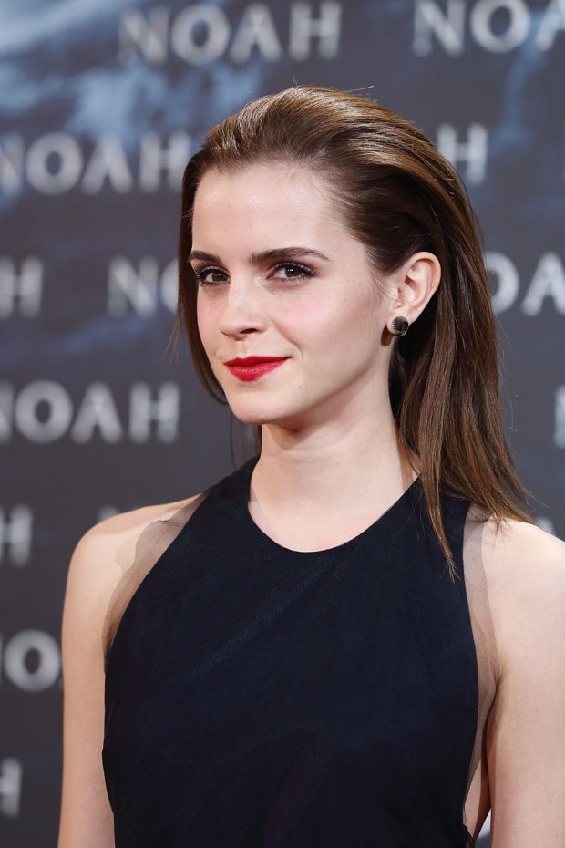 Emma Watson Noah Berlin Premiere Red Carpet Fashion