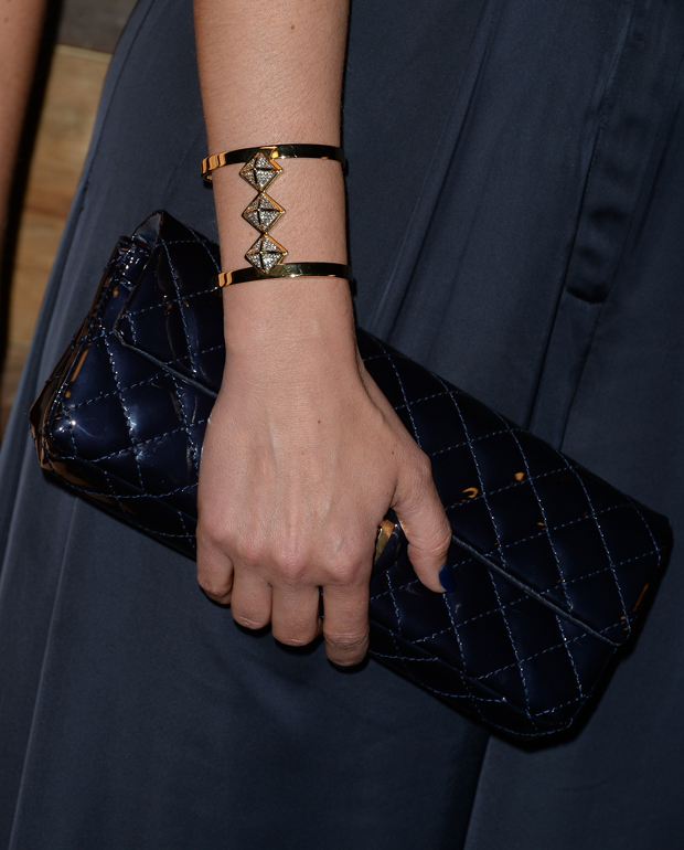 Amber Valletta's Chanel clutch