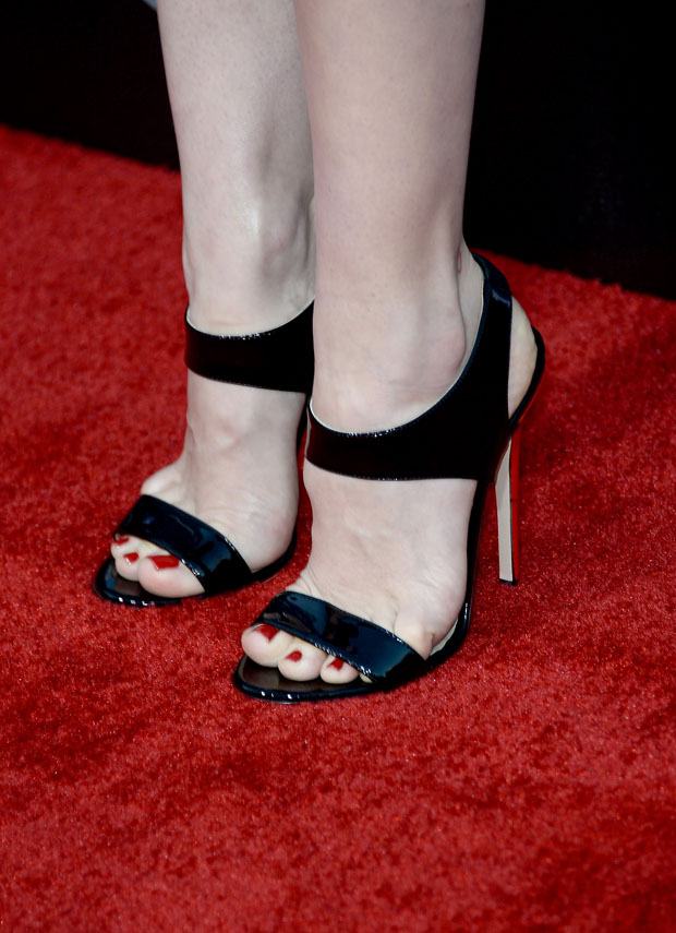 January Jones' shoes