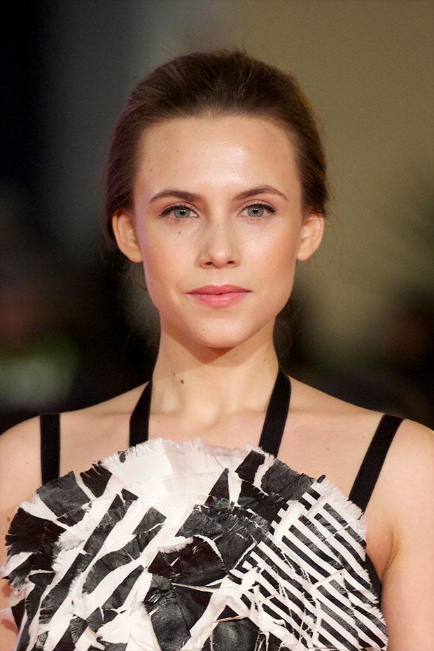 Aura Garrido in Chanel