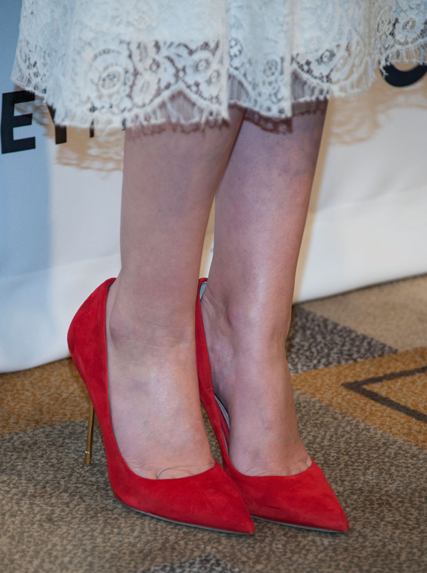 Lizzy Caplan's Kurt Geiger London pumps