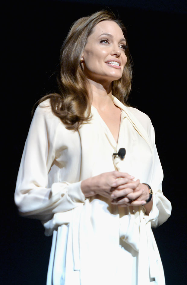 Angelina Jolie in Juan Carlos Obando