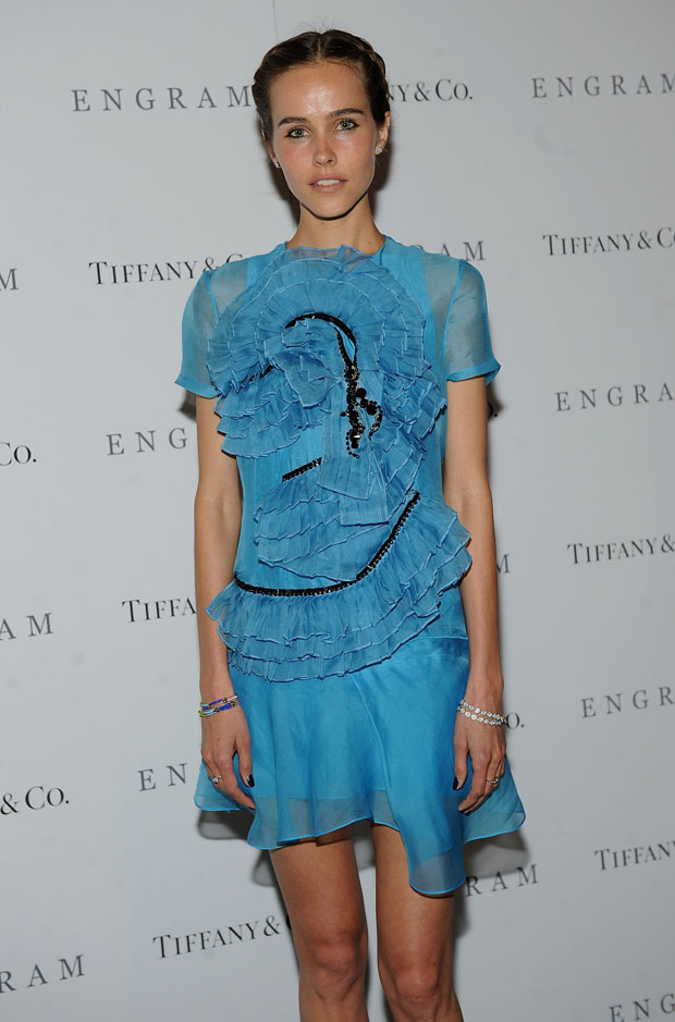 Isabel Lucas in Prabal Gurung