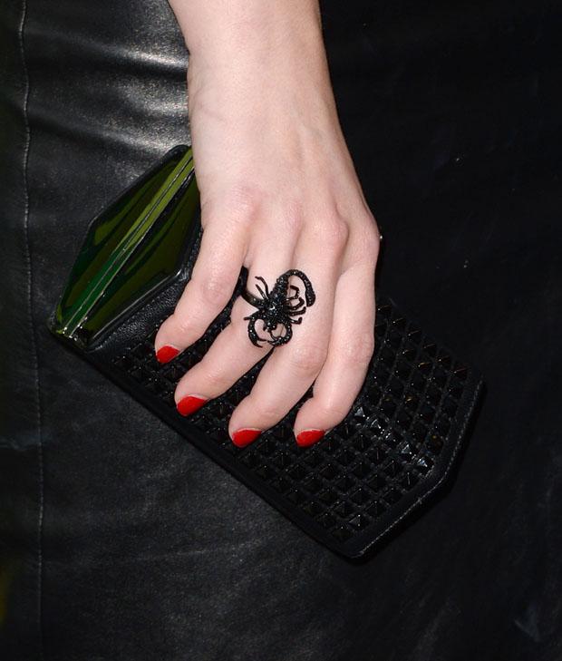 Elisabeth Moss' Alexander McQueen clutch