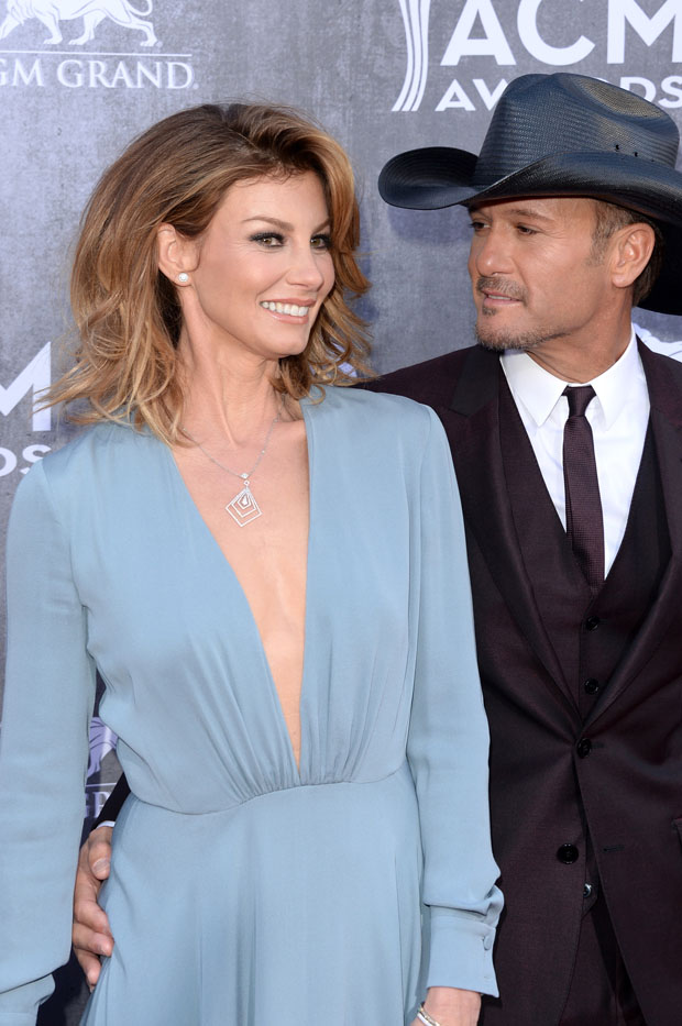 ACM Awards 2014 Red Carpet Was Filled With Revealing Prom
