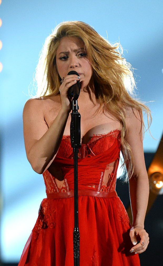 Shakira 49th Annual Academy Of Country Music Awards