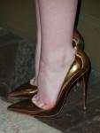 Elle Fanning's Christian Louboutin pumps