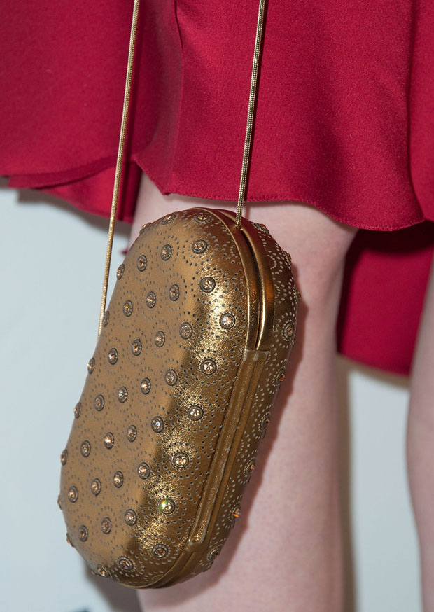Elle Fanning 's Brian Atwood clutch