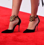 Cameron Diaz' Manolo Blahnik 'Amatis' Pumps