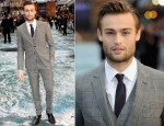 Douglas Booth In Burberry Tailoring - 'Noah' London Premiere