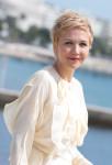 Maggie Gyllenhaal In Chloé