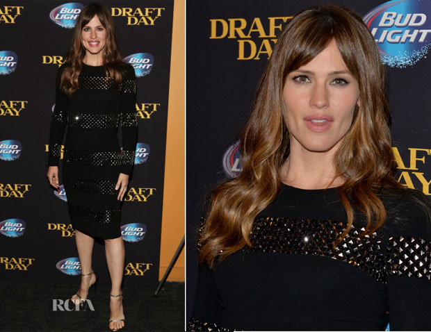 Jennifer Garner In Dolce & Gabbana - 'Draft Day' New York Screening