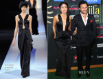 Kareena Kapoor In Giorgio Armani - IIFA Awards