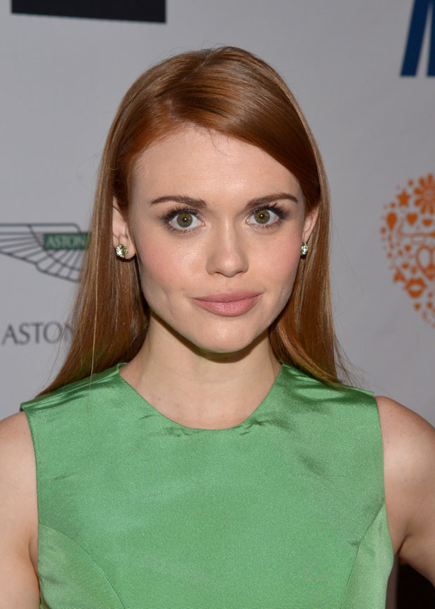 Holland Roden in Dee Hutton