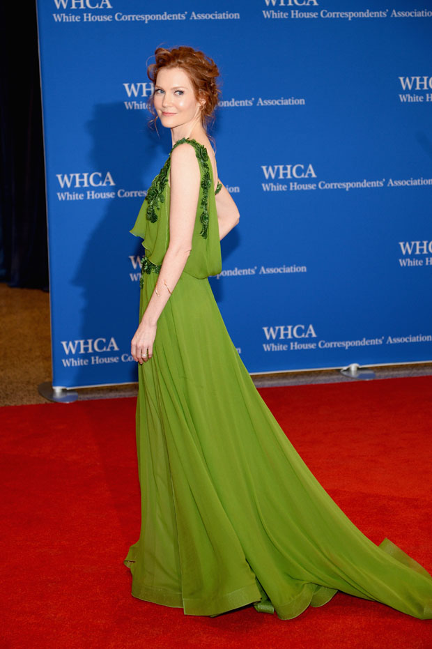 Darby Stanchfield in Alberta Ferretti