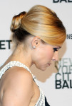 Kristen Bell in Zuhair Murad