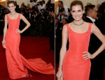 Allison Williams In Oscar de la Renta - 2014 Met Gala