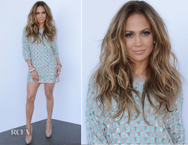 Jennifer Lopez In Lorena Sarbu - 'American Idol Season 13 Top 4 To 3′ Live Show