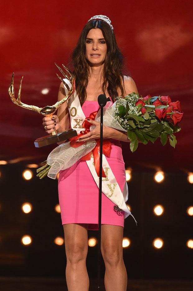 Sandra Bullock in Roland Mouret