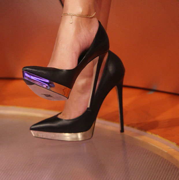 Jennifer Lopez' shoes