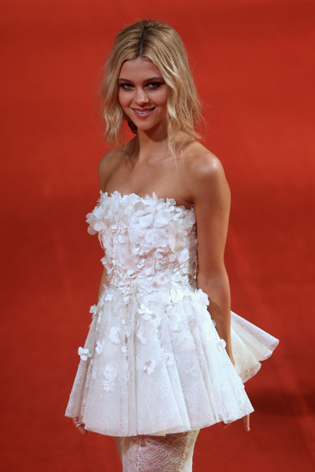 Nicola Peltz in Giambattista Valli Couture