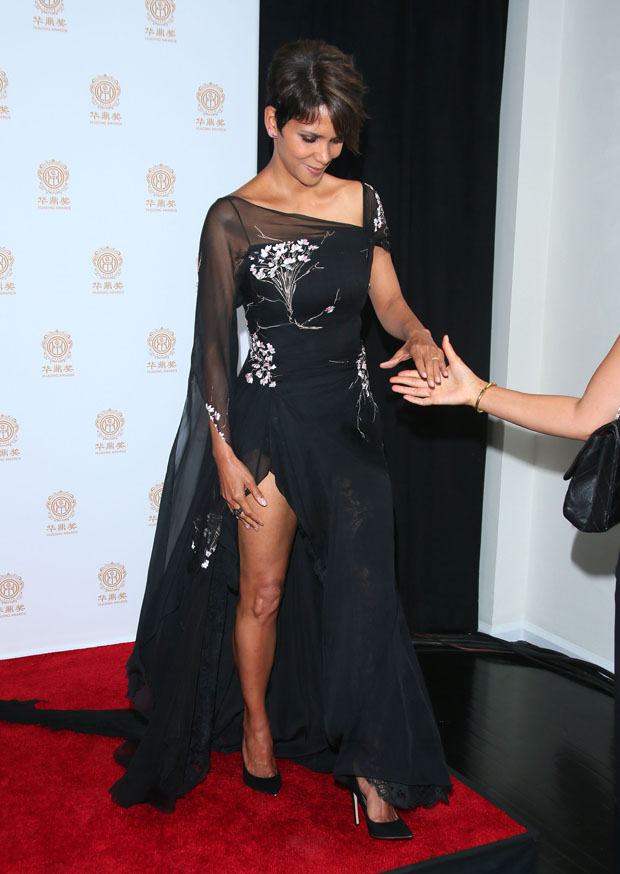 Halle Berry 2014 Huading Film Awards Red Carpet
