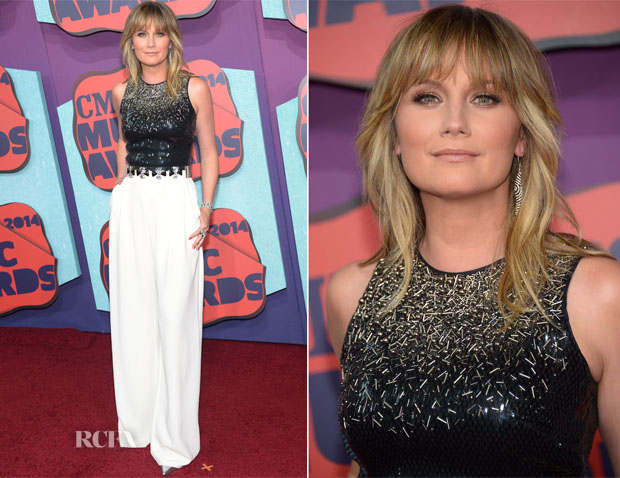 Jennifer Nettles In Halston Heritage & Katharine Kidd - CMT Music Awards