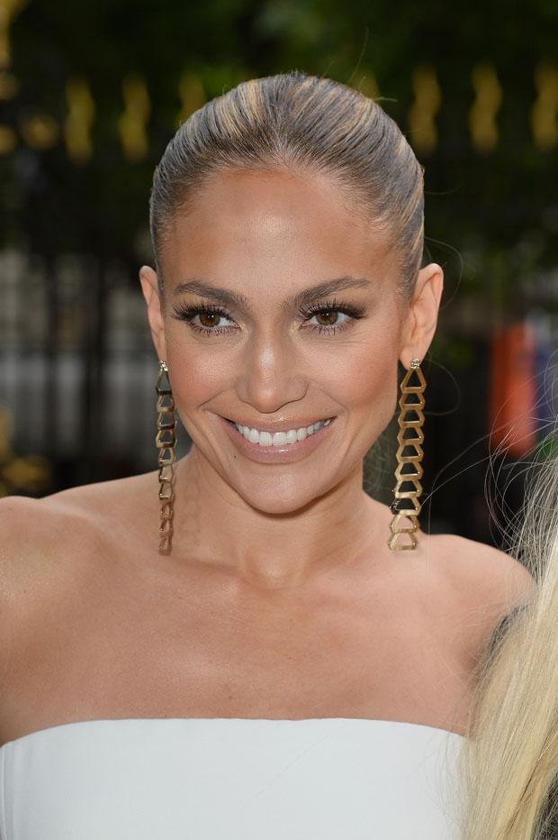Jennifer Lopez in Atelier Versace