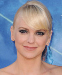 Get The Look: Anna Faris' 'Guardians Of The Galaxy' Smokey Emerald Eyes