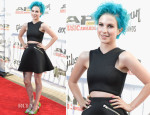 Hayley Williams In UNIF - 2014 Gibson Brands AP Music Awards