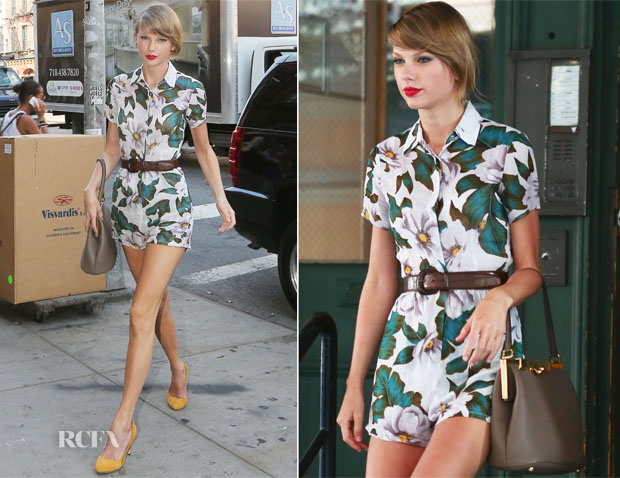 Taylor Swift In Topshop - Out In New York City