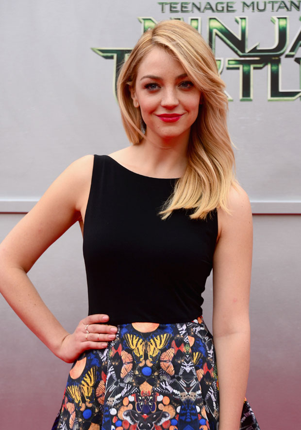 Abby Elliott in Alice + Olivia