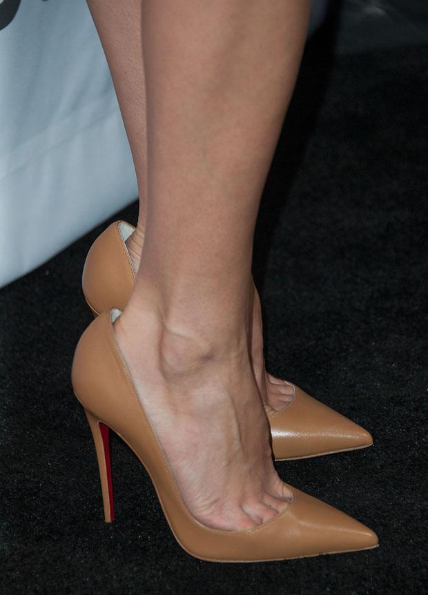 Aubrey Plaza's Valentino shoes