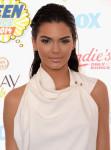 Kendall Jenner in Oriett Domenech