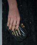 Hailee Steinfeld's clutch