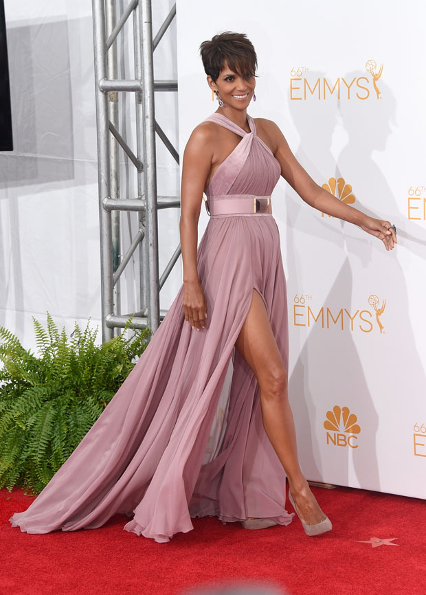 Halle Berry 2014 Emmy Awards Red Carpet Fashion Awards