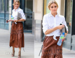 Olivia Palermo In Ann Taylor & Vintage - Out In New York City
