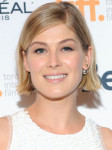 Get The Look: Rosamund Pike's 'Hector and the Search for Happiness' Premiere Makeup