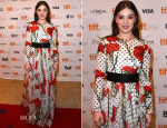 Hailee Steinfeld In Dolce & Gabbana - 'The Keeping Room' Toronto Film Festival Premiere